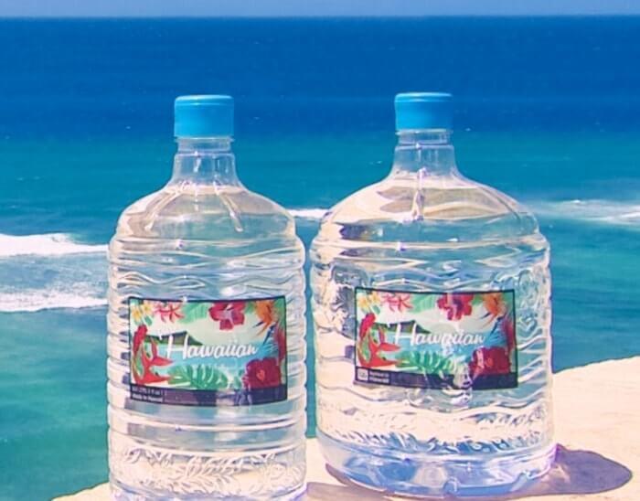 海外を連想されるおしゃれなデザインボトルを採用。その上、使い捨てボトル!