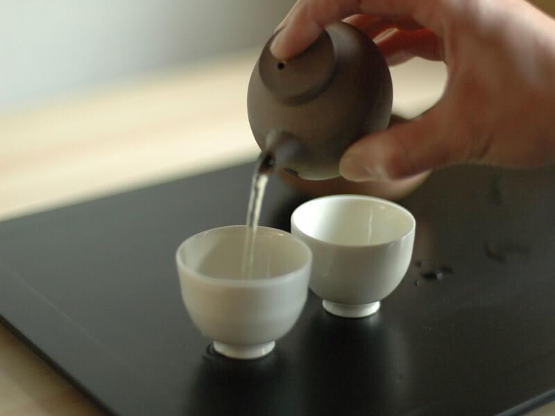 お茶を美味しく淹れるのに最適なウォーターサーバーを詳しくご紹介します。