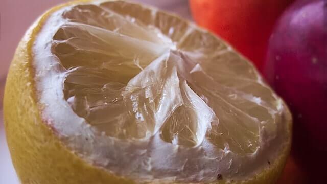 レモン水の豆知識をご紹介します。
