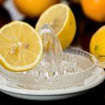 レモン水の効果的な作り方を特集します。