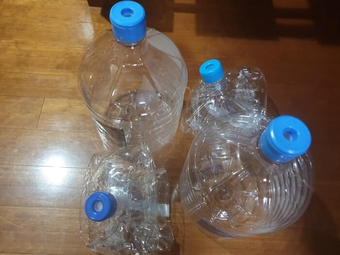 天然水ボトル容器の廃棄方法