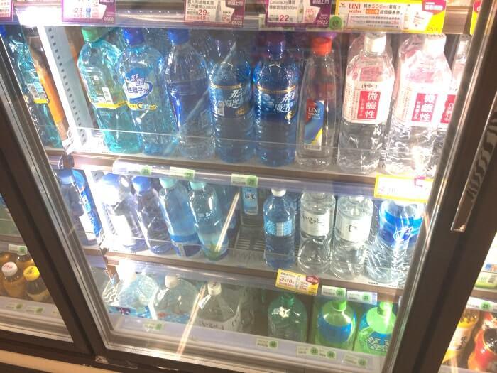 台湾に旅行・観光・留学で来た時はペットボトルのお水をコンビニで購入しよう!