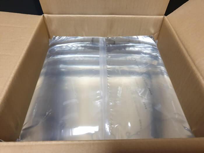 デュオのボトル容器は軽くて薄いパック方式を採用しています。