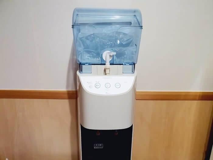ふじざくら命水のサーバーマシーン画像