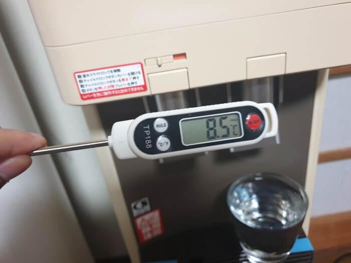 アマダナスタンダードサーバーの冷水温度を実際に測定